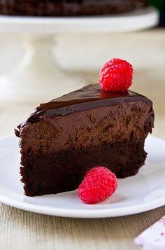 Flourless Chocolate Mousse Cake: