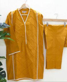 Pakistani Fashion Casual, Pakistani Dresses Casual, Pakistani Dress Design, Casual Dresses, Muslim Fashion, Fancy Dress Design, Girls Frock Design, Stylish Dress Designs, New Kurti Designs