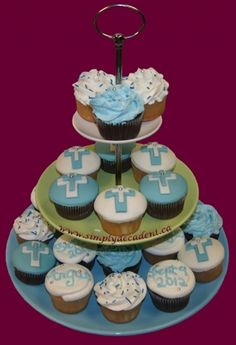 Baptism Cupcakes With Cross Baptism Favors, Baptism Ideas, Cupcake Recipes, Cupcake Cakes, Christening Cupcakes, Easter Religious, Cakes And More, Custom Cakes, Cake Cookies