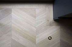 Perfect #Oak #chevron #wood #parquet #floor / #Eiken #hongaarse punt #parket +/- €125 per square meter all in.