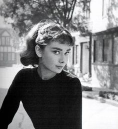 """""""According to Wilde, there was some concern at Paramount over Audrey's flat-chested, almost boyish figure, which was certainly an exception among American stars during the primacy of Marilyn Monroe and Elizabeth Taylor.  'I had the unfortunate task of informing Audrey that the studio might ask her to pad her bust off-screen as well as on.  But she was adamant that she would change nothing in her appearance - she would be herself or no one at all.  Of course she was right."""""""