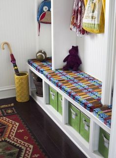 Organize your mud room. #entryway (Photo by: Pretty Prudent)