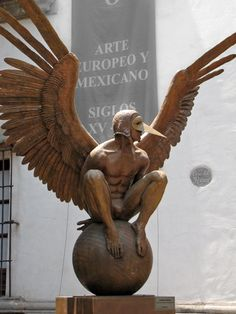 Jorge Marin another  excellent mexican sculptor.  This reminds me of the Depeche Mode video Walking in My Shoes.
