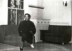A Pictorial History of Grey Gardens Edie Bouvier Beale, Edie Beale, Edith Bouvier, Jackie O's, Jackie Kennedy, Grey Gardens Documentary, Gray Gardens, Mystery Of History, Old Mother