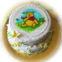 Winnie the Pooh Cake #winniethepooh  #winniethepoohcake  Iscriviti al mio canale YouTube  @30dolcipassioni dopo attiva notifiche cliccando sulla campana  #royalicingart #artist #sugarpaste #fondantcake #pasteleria #amazing #instafood #royalicingcookies #cakedecorating #dessertporn #delish #ghiacciareale #royalicing #icingroses #cakedesign
