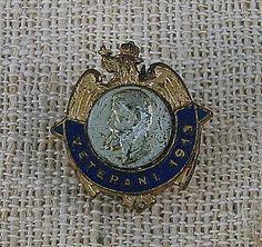 COCKTAILVINTAGEBAZAAR: Insigna rara veterani 1913 #rare #badges #veterans #military #Romania #floart #collectible Military Orders, Badges, Brooch, Personalized Items, Vintage, Jewelry, Jewlery, Jewerly, Badge