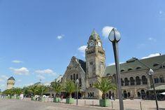 """Au terme d'un concours sur Facebook, la gare de Metz, avec son architecture néo-romane classée monument historique, a été désignée """"Plus belle gare de France"""" ! #FranceFR #Rendezvousenfrance #Metz #Lorraine"""