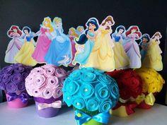 Centro de mesa de Princesas con rosas de tela