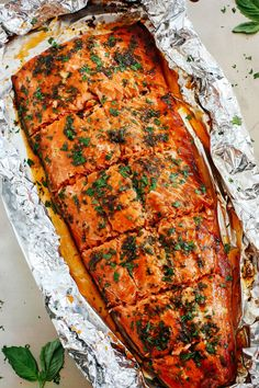 This delicious Ginger Basil Salmon in Foil is the perfect weeknight dinner that's healthy, easy to prepare, and ready in just 20 minutes! This post was sponsored by Alaska Seafood as part of an Influe Fish Recipes, Seafood Recipes, Cooking Recipes, Healthy Recipes, Delicious Recipes, Healthy Food, Yummy Food, Alaska Seafood, Workout Routines