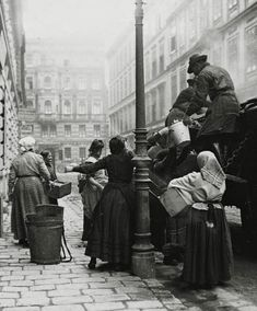 Extraordinary Candid Vintage Photographs That Capture Street Scenes of Vienna, Austria From the and Documentary Photographers, Street Photographers, Old Pictures, Old Photos, Vintage Photographs, Vintage Photos, Belle Epoque, Vintage Travel, Vintage Postcards