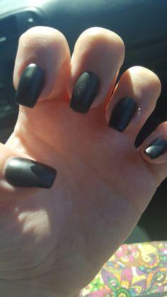 Short black matte coffin nails