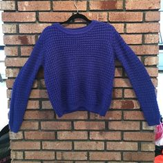 Royal Blue Sweater Great condition. Worn a few times. Tags says large but it's a better fit for a medium or even a small( if you like your sweaters a little big. Listing it as a medium!   ✅REASONABLE OFFERS  SHIPS SAME OR NEXT DAY NO TRADES/ HOLDS NO PAYPAL  SMOKE FREE HOME  PERSONALIZED BUNDLES  UNSURE? PLEASE ASK QUESTIONS  CANT FIND IT? SOLD ELSEWHERE Forever 21 Sweaters Crew & Scoop Necks