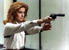 """""""Ecoute Voir"""" - La magnifique Catherine Deneuve - Pictures - CBS News"""