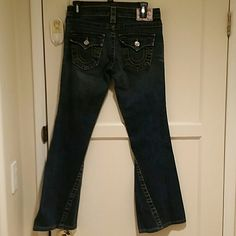 True Religion Joey Joey original low rise flare with flap pocket. EXCELLENT  condition True Religion Jeans Flare & Wide Leg