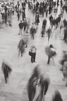 Lost in movement. by Moeys Photography, via Flickr Like or repin is amazing. Check out All My Love by Noelito Flow =)