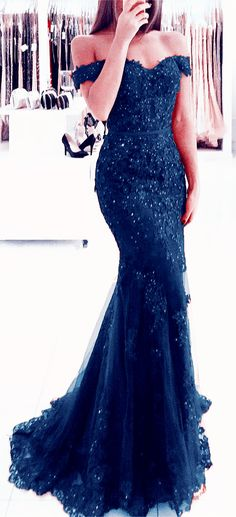 Elegant Pearl Beaded Lace Mermaid Evening Dresses Off The Shoulder Prom Gowns charming navy blue lace mermaid prom dresses off the shoulder evening gowns pearl beaded Mermaid Prom Dresses Lace, Royal Blue Prom Dresses, Prom Dresses Online, Prom Gowns, Lace Mermaid, Party Dresses, Royal Blue Gown, Beaded Dresses, Chiffon Dresses