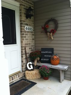 Ward Giusti - this would look so cute on your front porch! Outside Fall Decorations, Halloween Decorations, Seasonal Decor, Holiday Decor, Holiday Ideas, Fall Halloween, Halloween Ideas, Bench Decor, Fall Is Here