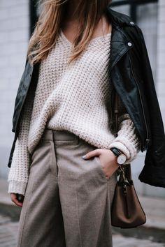 aritzia #theonlyspot sweater and pants