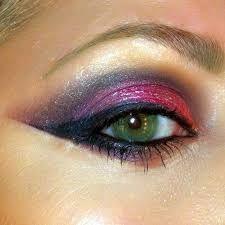 Afbeeldingsresultaat voor seventies disco makeup purple green