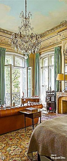 Van Dyke Mansion Paris French Interior, Luxury Interior, Interior Styling, Interior And Exterior, Beautiful Space, Beautiful Homes, Movement In Architecture, French Style Decor, Old Mansions
