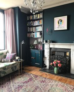 The Ultimate Guide: Perfect Vintage Living Room Design! – Home inspiration. Dark Living Rooms, Living Room Carpet, New Living Room, Modern Living, Small Living, Living Room Turquoise, Victorian Living Room, Vintage Industrial, Industrial Style