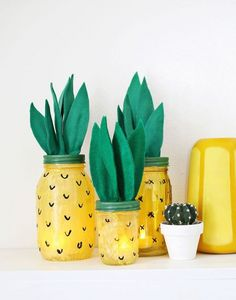 Bring a splash of island feeling into your life by making a pineapple craft! From pineapple wall hangings to sugar scrubs, tap into your crafty side with one of these 11 Best DIY Pineapple Crafts. Mason Jar Projects, Mason Jar Crafts, Crafts With Jars, Diy Design, Design Ideas, Pineapple Lights, Cheap Mason Jars, Craft Projects, Crafts For Kids