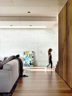 Image 3 of 22 from gallery of Beach Ave / Schulberg Demkiw Architects. Photograph by Derek Swalwell