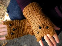 FINGERLESS GLOVES BEAR original design forest autumn woodland animals crochet mittens hand warmers kids adults