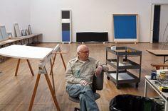 Ellsworth Kelly in studio Ellsworth Kelly, Atelier Creation, Brassai, Museum Of Modern Art, Art Studios, First Night, Artist At Work, Lovers Art, Star Wars