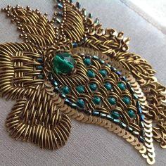 Risultati immagini per Raised Goldwork Bullion Embroidery, Zardosi Embroidery, Bead Embroidery Patterns, Hand Work Embroidery, Silk Ribbon Embroidery, Hand Embroidery Designs, Embroidery Stitches, Tambour Beading, Bridal Blouse Designs