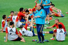 La Selección Española se enfrenta mañana (22:00) a la China de Camacho antes de viajar a Polonia