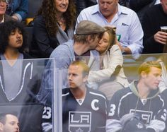 Dax Shepard and Kristen Bell kissed during a Kings hockey game at #StaplesCenter in LA on Wed Feb 27, 2013.  http://celebhotspots.com/hotspot/?hotspotid=6465&next=1