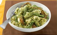 """Portobello and Asparagus Pasta              Chef and marathoner Philippe Forcioli craves this carb-packed pasta dish whenever he's training to run 26.2. Mushrooms and asparagus provide B vitamins, and pesto contains heart-healthy, unsaturated fat. """"The pesto will keep in the refrigerator for a week,"""" says Forcioli."""