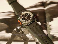 Bell & Ross Bell Ross, Omega Watch, Smart Watch, Mens Fashion, Accessories, Moda Masculina, Smartwatch, Man Fashion, Fashion Men