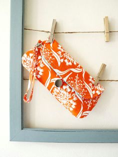 Cool Tangerine Clutch Purse #PinPantone