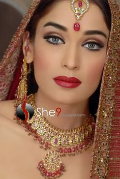 Pakistani bridal makeup make up indian beauty 32 ideas Pakistani Bridal Makeup, Bridal Eye Makeup, Wedding Makeup Looks, Bride Makeup, Party Makeup, Pakistani Hair, Pakistani Actress, Bridal Beauty, Pakistani Dresses