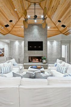 florida beach house family room