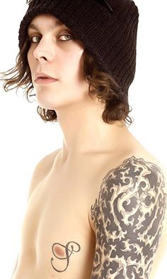 Ville Valo, my favorite like EVER! so in love with this man's face and voice :)