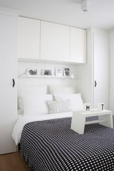 Astounding Small Bedroom Storage Ideas in Contemporary Bedroom with Black Colored Blanket whi. Astounding Small Bedroom Storage Ideas in Contemporary Bedroom with Black Colored Blanket which has Little White Dots Small Bedroom Storage, Small Master Bedroom, Small Bedroom Designs, Storage Spaces, Closet Storage, Small Storage, Extra Storage, Bedroom Storage Solutions, Bedroom Storage Ideas For Clothes