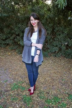 Oversize Cardigan + Tank + Skinny Jeans + Heels #spring #outfit #style