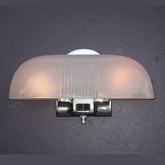 1930s Era 2 Bulb Antique Chrome Bathroom Wall Lighting Fixture With Original Clambroth Ribbed