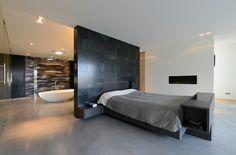 Villa O - luxe slaapkamer met open haard