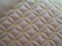 diane-shiko  - lots of other machine quilting - she does workshops -