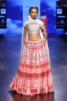 pink white lehnga -- Anita Dongre at Lakme Fashion Week - Spring Summer 2016 Fashion Week 2016, Lakme Fashion Week, India Fashion, Asian Fashion, Female Fashion, Ethnic Fashion, Indian Attire, Indian Wear, Indian Style