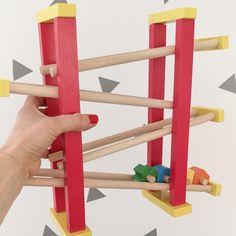 Propozycje prezentowe dla dzieci w stylu Montessori - kukumag- blog wnętrzarski, DIY, minimalizm, montessori