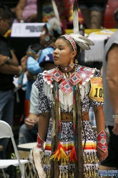 2011 Gathering of Nations PowWow - 28th Annual Gathering of Nations