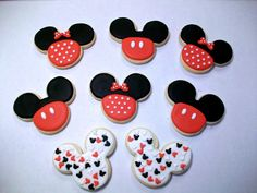 Mickey & Minnie Mouse Cookies