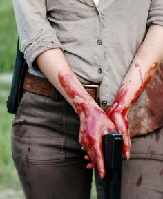 "The Walking Dead Season 6 Episode 2 ""JSS"" Maggie Greene"