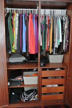 Organizing {Her} Closet - Simple tips and tricks