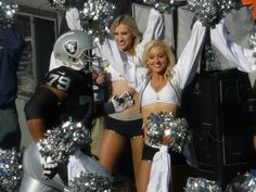 My favorite Raiderette (other than me:))) Maureen ..... So pretty!